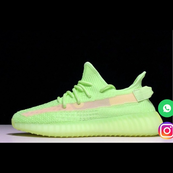 newest 9af17 ca45d 2019 adidas Yeezy Boost 350 V2 EH5360 (glows) NWT